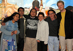 Barrios and supporters at Solidarity Center Mexico office. (Left to right) Sister Inti Barrios Hernández, father Martín Barrios, Barrios himself, Lynda Yanz from the Maquila Solidarity Network, Eduardo José Almeida from Red de Organismos No Gubernamentales Defensores de los Derechos Humanos Cuali Nemilistli, and Solidarity Center staffer Ben Cokelet. Photo credits : Solidarity Center